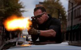 photo 8/24 - Arnold Schwarzenegger - Sabotage - © Metropolitan Film