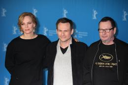 photo 96/96 - Uma Thurman, Christian Slater et Lars Von Trier - Pr�sentation du film Nymphomaniac, Berlin 2014 - Nymphomaniac - Volume 2 - © Isabelle Vautier pour CommeAuCinema.com
