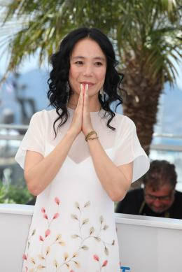 photo 14/32 - Naomi Kawase - Photocall pour Still the water - Cannes 2014 - Still The Water - © Isabelle Vautier pour CommeAuCinema.com