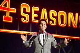photo 32/40 - John Lloyd Young - Jersey Boys - © Warner Bros