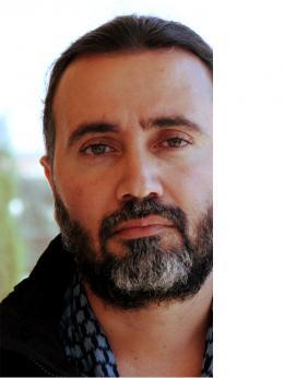 photo 3/4 - Talal Derki - Return to Homs