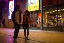 photo 3/6 - Noom Diawara, Amelle Chahbi - Amour sur Place ou à Emporter - © Gaumont Distribution