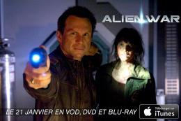 Amy Matysio Alien War photo 1 sur 3