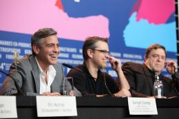 photo 39/95 - George Clooney, Matt Damon et John Goodman - Présentation du film The Monuments Men, Berlin 2014 - Monuments Men - © Isabelle Vautier pour CommeAuCinema.com