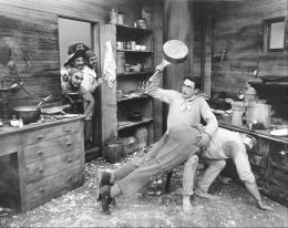 photo 3/4 - Harold Lloyd et Harry Pollard - Harold chez les pirates