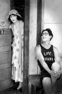 Harold à la rescousse Bebe Daniels et Harold Lloyd photo 1 sur 2