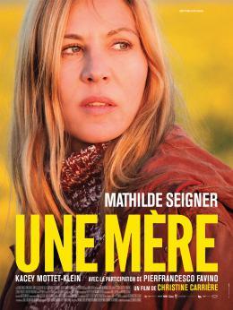 photo 13/13 - Une Mère - © Les Films du Losange