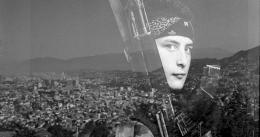 photo 12/24 - Les Ponts de Sarajevo - © Cin�t�v� Obala Art Centar - Bande � part Films - Mir C