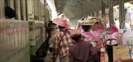 photo 3/6 - Des Trains pas comme les Autres - Destination Thaïlande - © Editions Montparnasse