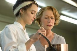 photo 8/18 - Charlotte Le Bon, Helen Mirren - Les Recettes du Bonheur - © Metropolitan FilmExport