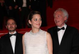 photo 70/379 - Mont�e des marches pour Deux jours, une nuit au 67�me Festival International du Film de Cannes 2014 - Marion Cotillard - © Isabelle Vautier pour CommeAuCinema.com