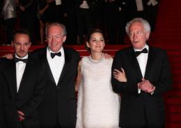 photo 75/379 - Mont�e des marches pour Deux jours, une nuit au 67�me Festival International du Film de Cannes 2014 - Marion Cotillard - © Isabelle Vautier pour CommeAuCinema.com