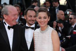 photo 94/393 - Mont�e des marches pour Deux jours, une nuit au 67�me Festival International du Film de Cannes 2014 - Marion Cotillard - © Isabelle Vautier pour CommeAuCinema.com