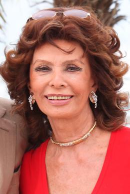 Sophia Loren Photocall pour La Voce Umana au 67�me Festival International du Film de Cannes 2014 photo 10 sur 65