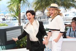 photo 20/63 - Juliette Binoche et Chloe Moretz - Photocall pour Sils Maria au 67ème Festival International du Film de Cannes 2014 - Sils Maria - © Isabelle Vautier pour CommeAuCinema.com