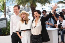 photo 32/63 - Lars Eidinger, Chloe Moretz, Juliette Binoche - Photocall pour Sils Maria au 67ème Festival International du Film de Cannes 2014 - Sils Maria - © Isabelle Vautier pour CommeAuCinema.com