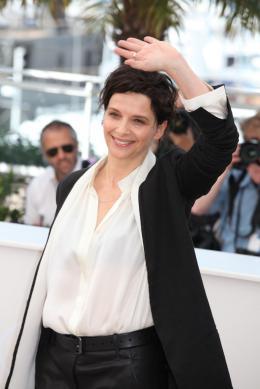 photo 17/63 - Juliette Binoche - Photocall pour Sils Maria au 67ème Festival International du Film de Cannes 2014 - Sils Maria - © Isabelle Vautier pour CommeAuCinema.com