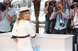 photo 35/63 - Chloe Moretz - Photocall pour Sils Maria au 67�me Festival International du Film de Cannes 2014 - Sils Maria - © Isabelle Vautier pour CommeAuCinema.com