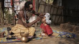photo 4/7 - Kumbh Mela - Sur les rives du fleuve sacré - © Sophie Dulac Distribution