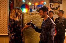 photo 6/30 - Daniel Radcliffe, Zoe Kazan - Et (beaucoup) plus si affinit�s - © SND