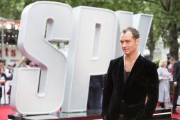 Jude Law Spy - Avant-premi�re � Londres photo 5 sur 239