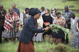 photo 4/11 - Aura Msimang - Ladygrey - © Rezo Films