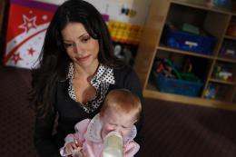 Un Enfant à vendre Emmanuelle Vaugier photo 7 sur 10