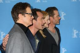 photo 26/58 - Colin Firth, Jude Law, Laura Linney, Guy Pearce - Berlin 2016 Photocall - Genius - © Isabelle Vautier pour @Commeaucinema.com