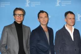 photo 22/58 - Colin Firth, Jude Law, Michael Grandage - Berlin 2016 Photocall - Genius - © Isabelle Vautier pour @Commeaucinema.com