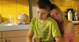 Angelica Sarre Une Enfance photo 1 sur 3