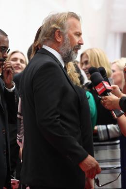 Kevin Costner Black and White - Présentation du film au Festival de Toronto 2014 photo 7 sur 94