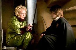 photo 151/163 - Miranda Richardson et Daniel Radcliffe - Harry Potter et la coupe de feu
