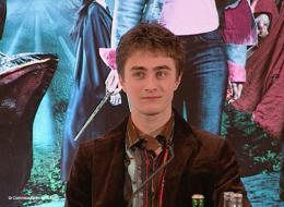 photo 16/163 - Conférence de presse Harry Potter et la coupe de feu - Daniel Radcliffe - Paris, novembre 2005 - Harry Potter et la coupe de feu