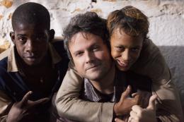 photo 33/129 - Eduardo Luis, Rickson Tevez, Selton Mello - Favelas - © Universal Pictures International France