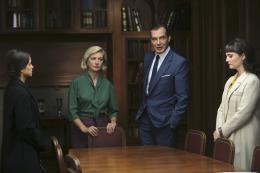 photo 24/49 - Les petits meurtres d'Agatha Christie : Cartes sur table - © France TV Distribution