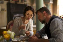 photo 39/48 - Olga Kurylenko, Russell Crowe - La Promesse d'une Vie - © Universal Pictures International France