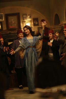 photo 17/48 - Olga Kurylenko - La Promesse d'une Vie - © Universal Pictures International France