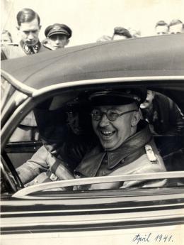 Heinrich Himmler - The Decent One photo 2 sur 6