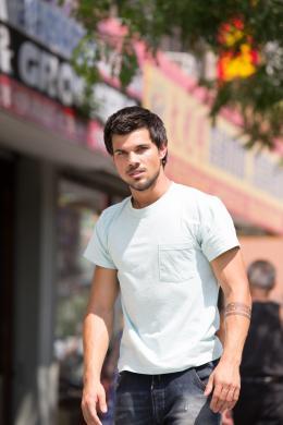Tracers Taylor Lautner photo 3 sur 8
