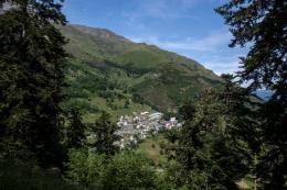 Un Village presque Parfait photo 3 sur 32
