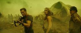 photo 40/53 - Tom Hiddleston, Brie Larson, John C. Reilly - Kong : Skull Island - © Warner Bros