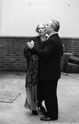 photo 29/32 - Madame Henderson présente - Bob Hoskins