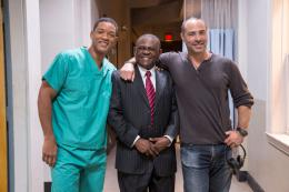 photo 7/13 - Will Smith, Peter Landesman - Seul contre tous - © Sony Pictures