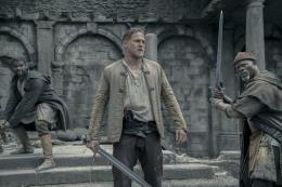 Le Roi Arthur - La Légende d'Excalibur Charlie Hunnam photo 10 sur 57