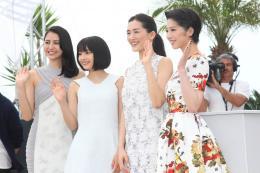 Suzu Hirose Notre petite soeur - Cannes 2015 photo 1 sur 9