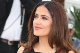 photo 32/53 - Salma Hayek - Photocall Tale of Tales - Tale of Tales - © Isabelle Vautier pour Commeaucinema.com
