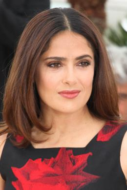 photo 26/53 - Salma Hayek - Photocall Tale of Tales - Tale of Tales - © Isabelle Vautier pour Commeaucinema.com