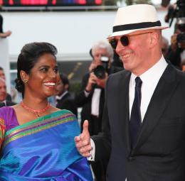 photo 20/22 - Kalieaswari Srinivasan, Jacques Audiard - Cannes 2015 - Dheepan - © Isabelle Vautier pour Commeaucinema.com