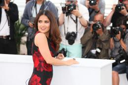 photo 43/53 - Salma Hayek - Photocall Tale of Tales - Tale of Tales - © Isabelle Vautier pour Commeaucinema.com