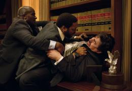 photo 125/139 - Chiwetel Ejiofor, Alfred Molina - Aux Yeux de Tous - © Universal Pictures International France